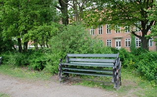 public sculpture, copenhagen, bench